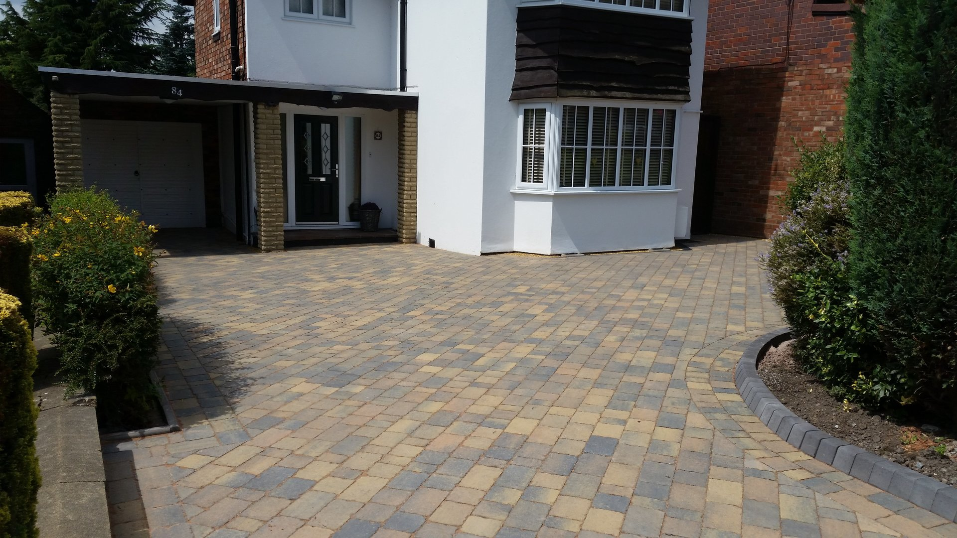 Lichfield Tarmacadam Domestic and Commercial Surfacing Experts