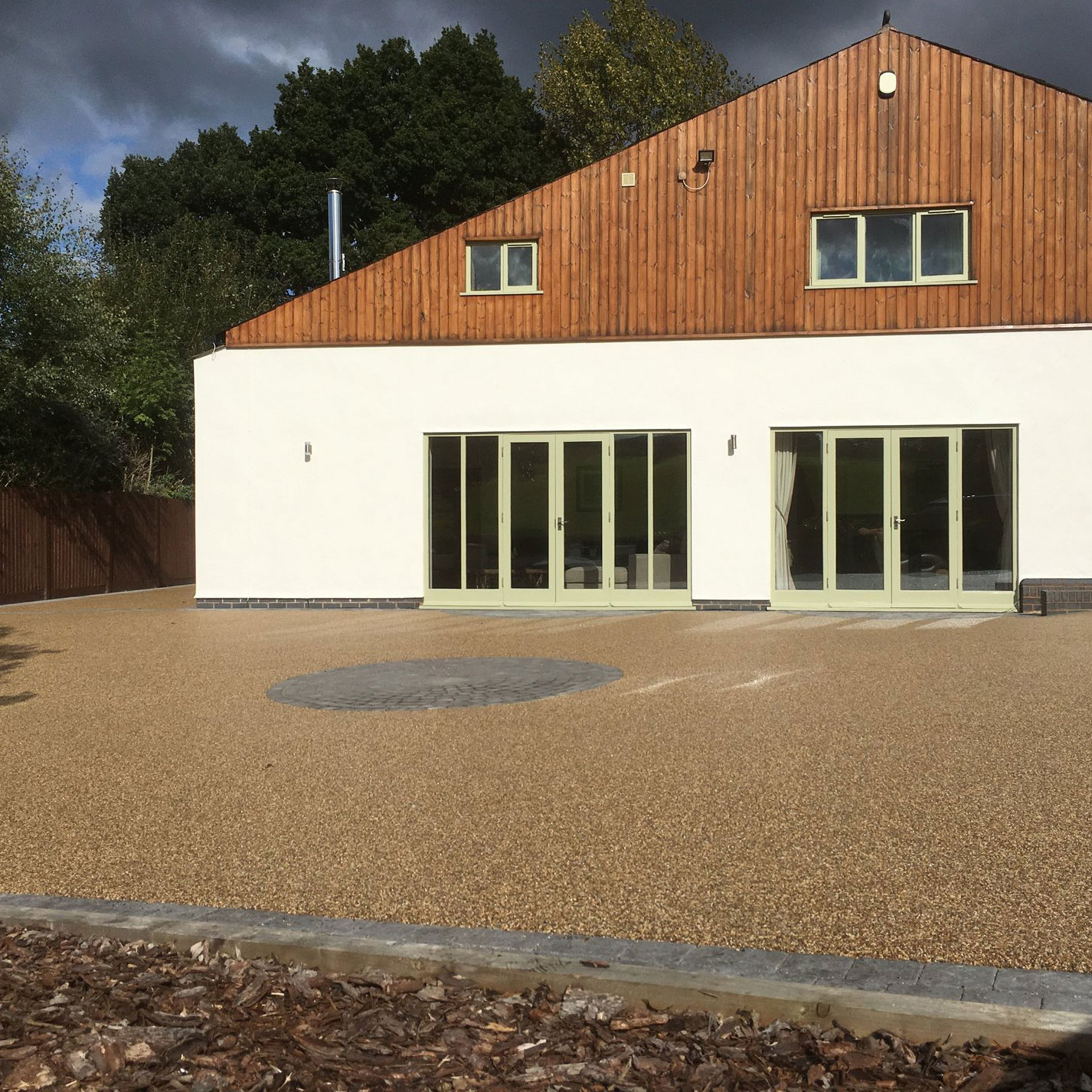 Dorridge Resin Bound Driveway - Farmhouse Gold Colour