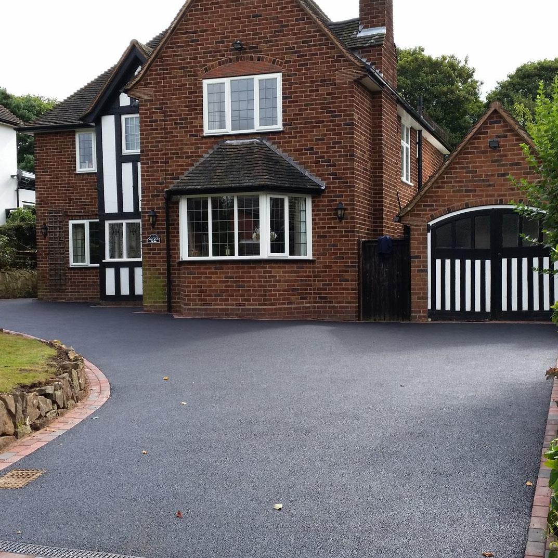 Tarmac driveway in Staffordshire