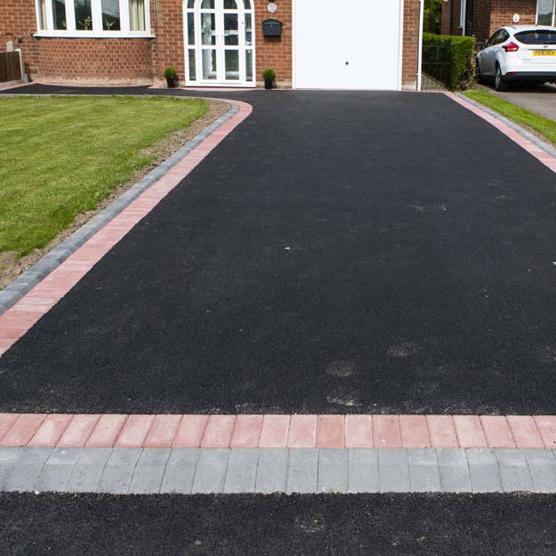 Tarmac Driveway Contractors in Staffordshire